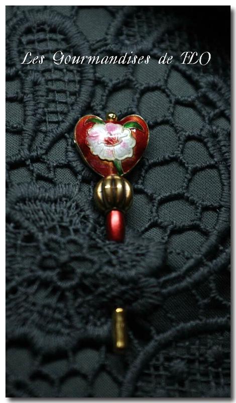 Fibule perle coeur