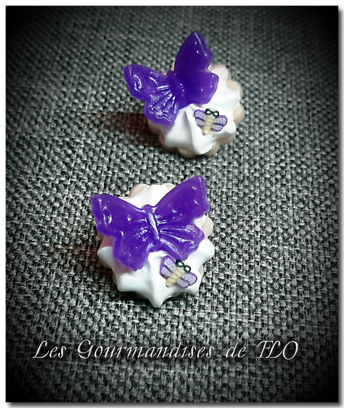 boutons gourmands papillons violet