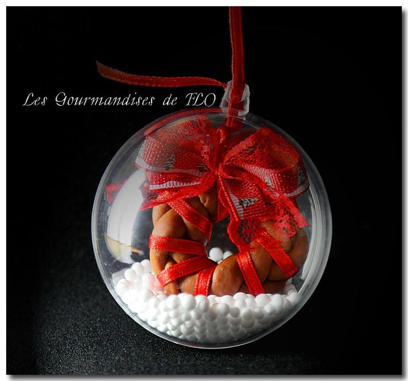 Boule de Noël Couronne au noeud rouge