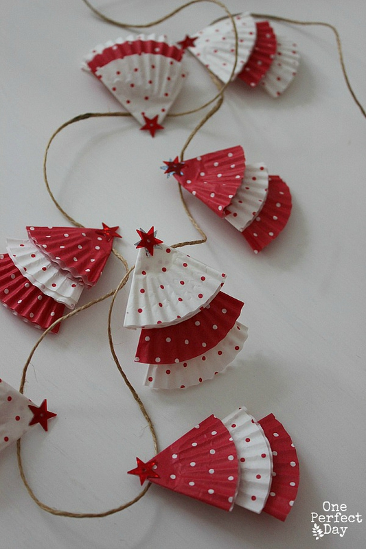 Christmas-garland-kids-can-make