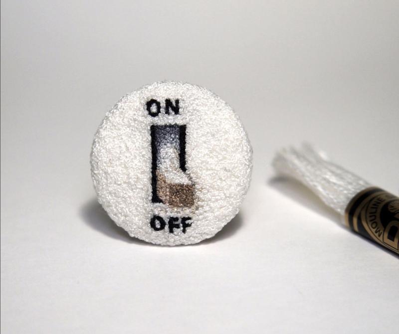 broderie-miniature-Ipnot-OnOff1-1024x857