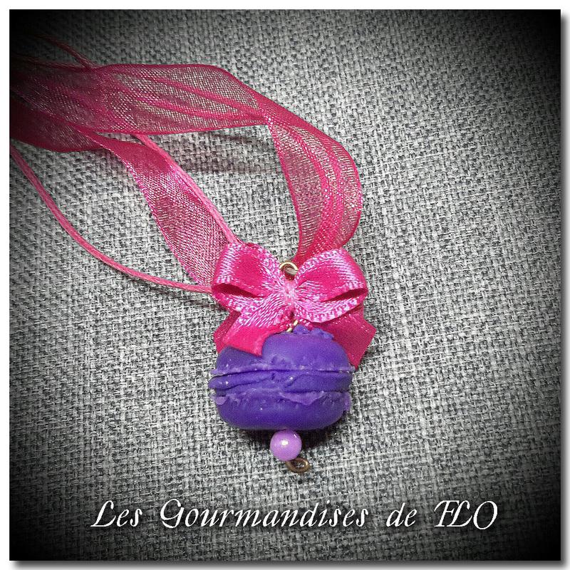collier macaron violette
